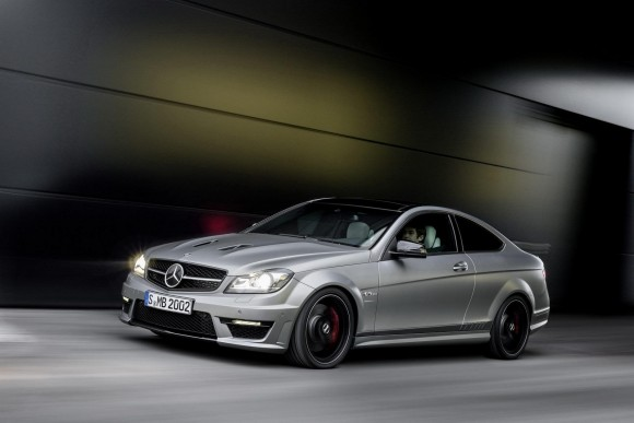 Mercedez-Benz-C63-AMG-Edition-507_3