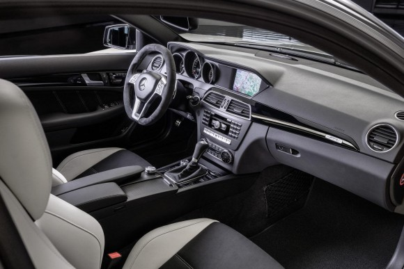 Mercedez-Benz-C63-AMG-Edition-507_Interior