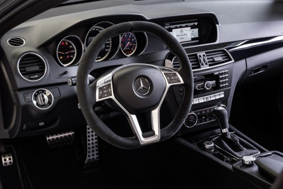 Mercedez-Benz-C63-AMG-Edition-507_Interior1