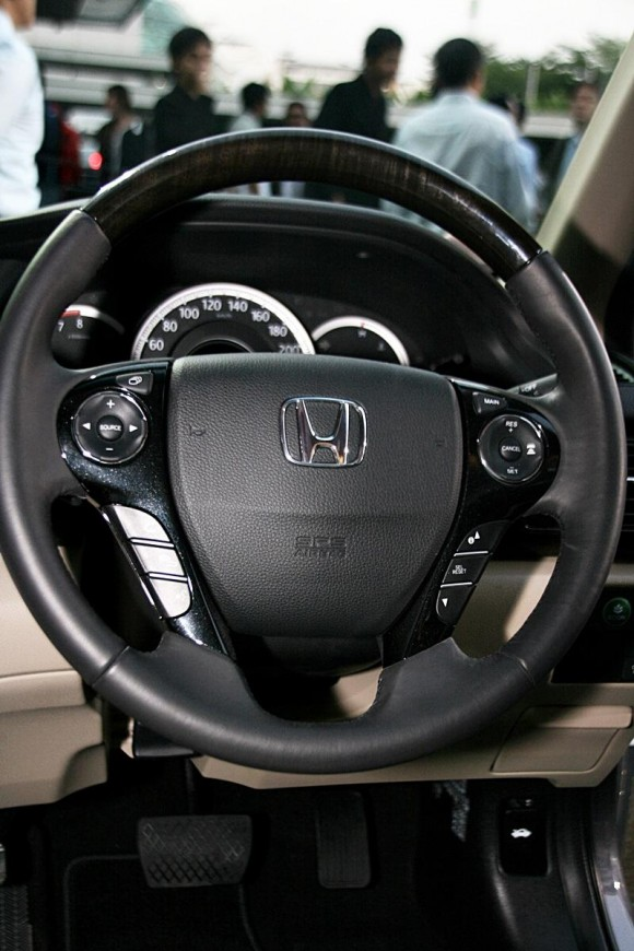 new-honda-accord-2013-12