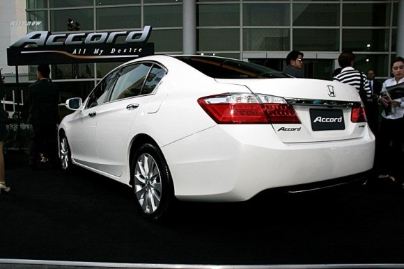 new-honda-accord-2013-3