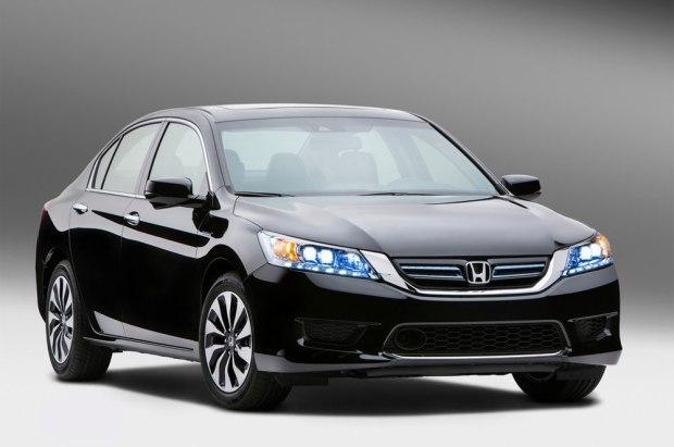 honda-accord-hybrid-2014-us-version-01