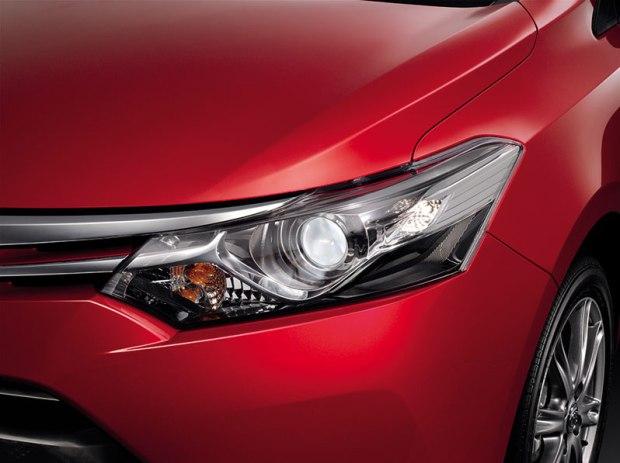 New-Toyota-Vios-2013-6