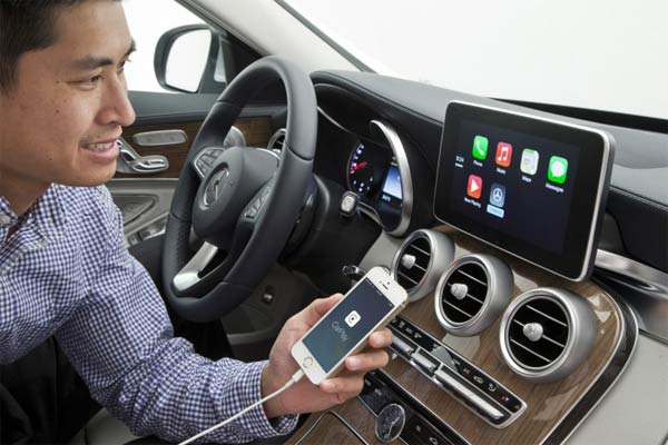 Apple-CarPlay-3