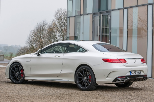 Mercedes-Benz-S63-AMG-Coupe-2015-03