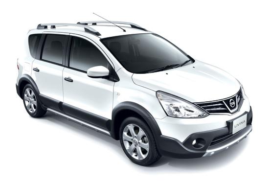 Nissan-Livina-2014-1