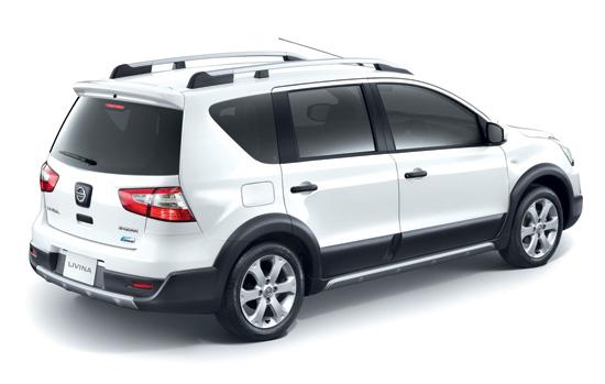Nissan-Livina-2014-2