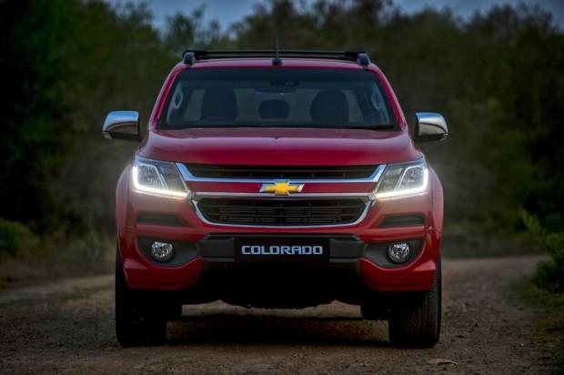 2017-New-Chevrolet-Colorado-2