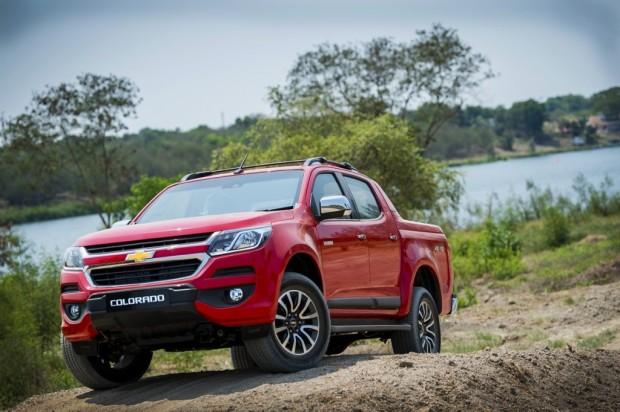2017-New-Chevrolet-Colorado-4