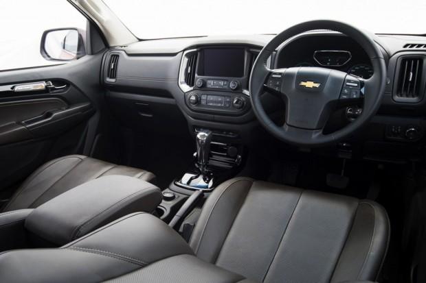 2017-New-Chevrolet-Colorado-Interior