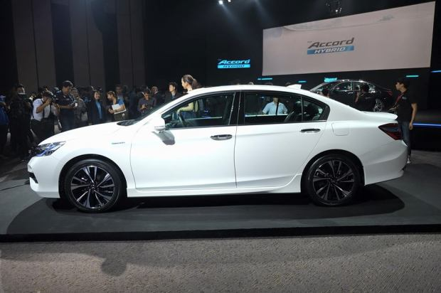honda-accord-hybrid-2016-5