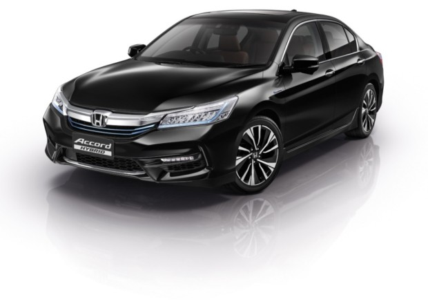 honda-accord-hybrid-2016-front