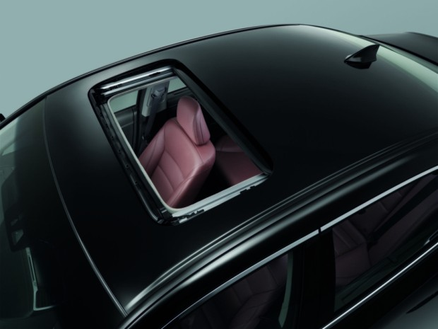 honda-accord-hybrid-2016-sunroof